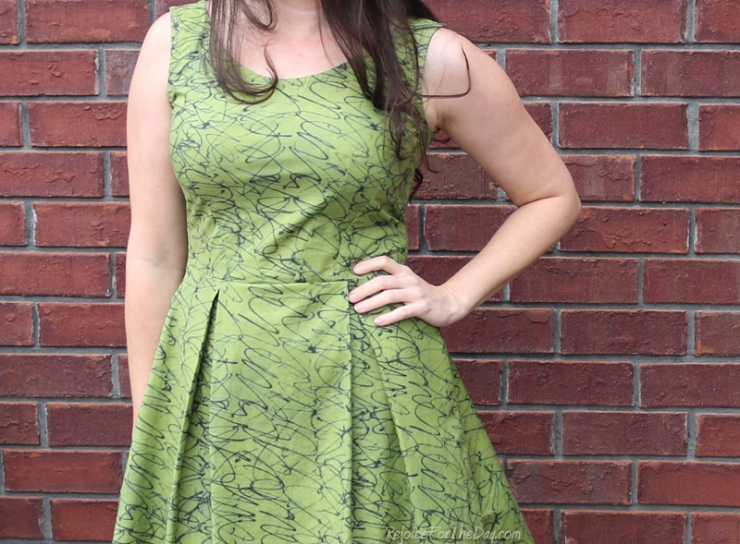 The Tangled Green Dress bodice view