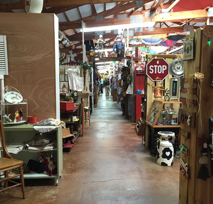 vintage market 2