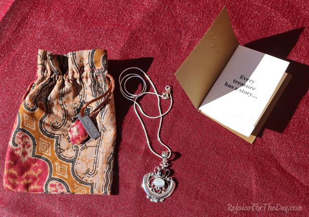 Novica pendant necklace