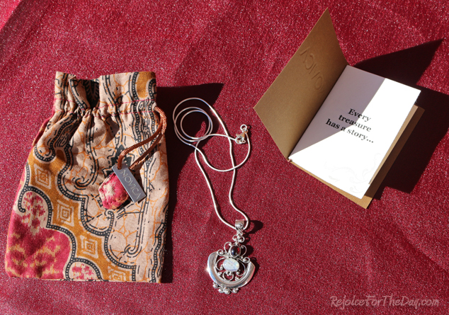 Novica pendant necklace