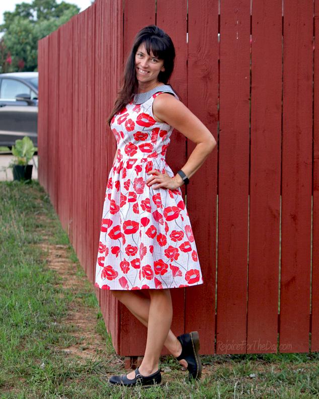 sleeveless Emery dress with collar