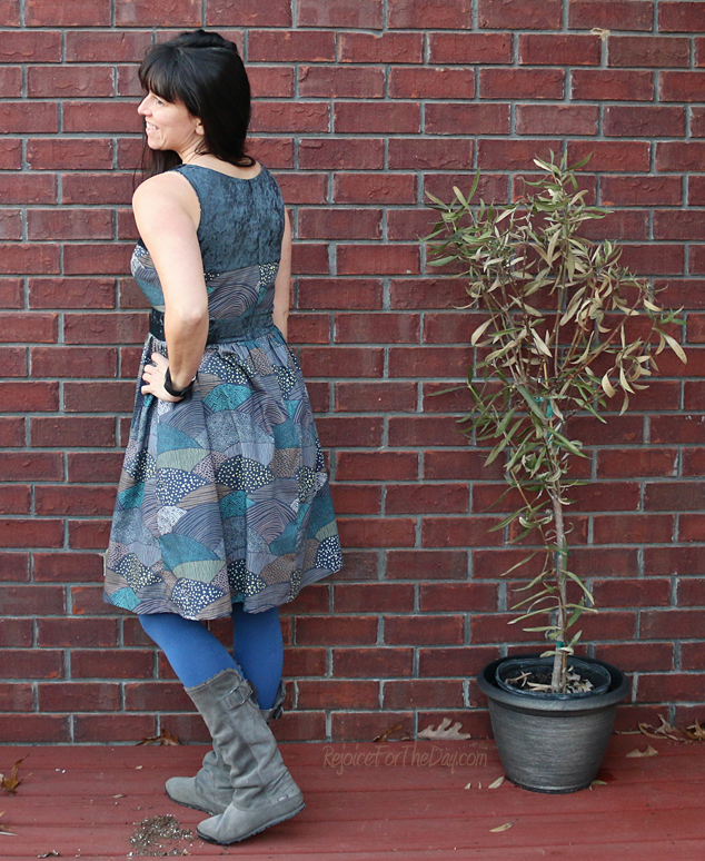 winter-days-dress-back-view