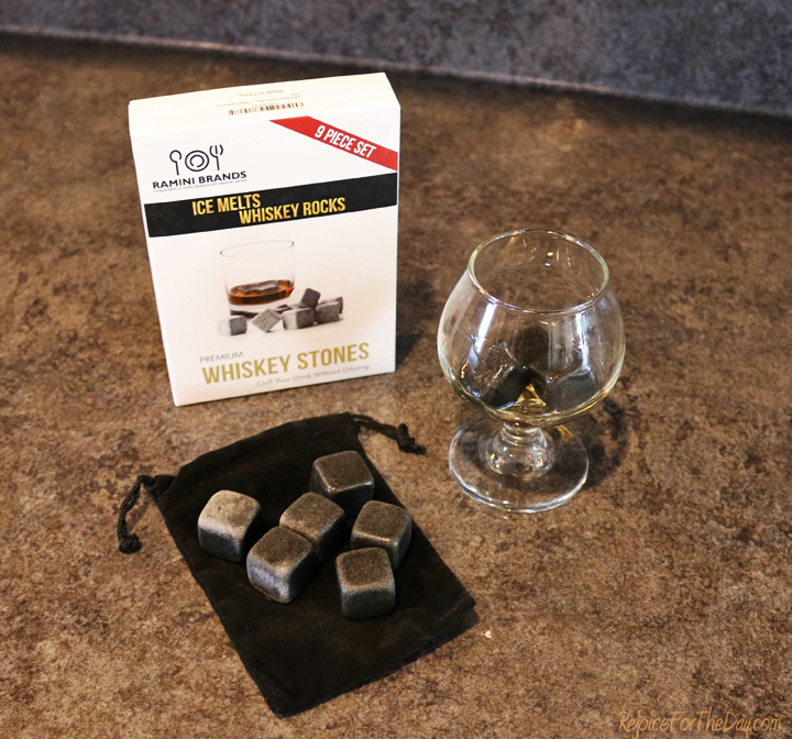 premium-whiskey-stones-with-pouch